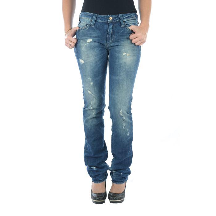 jeans-droit-femme-le-temps